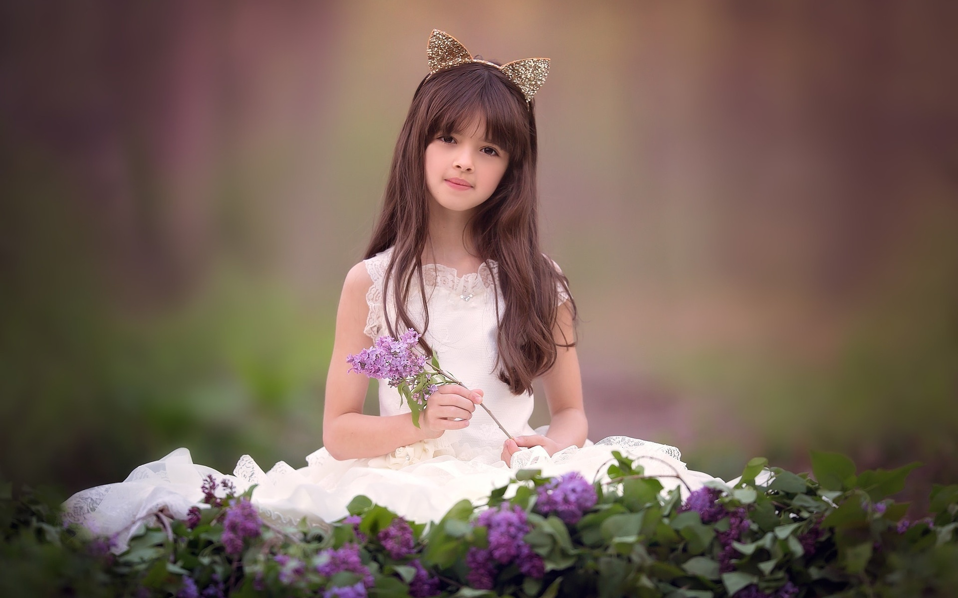 Картинка ребенок девочка брюнетка