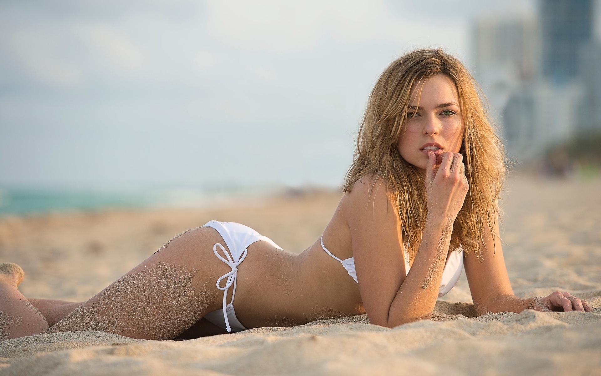 Реальные фотки девушек на пляже, русский секс нежный любовный