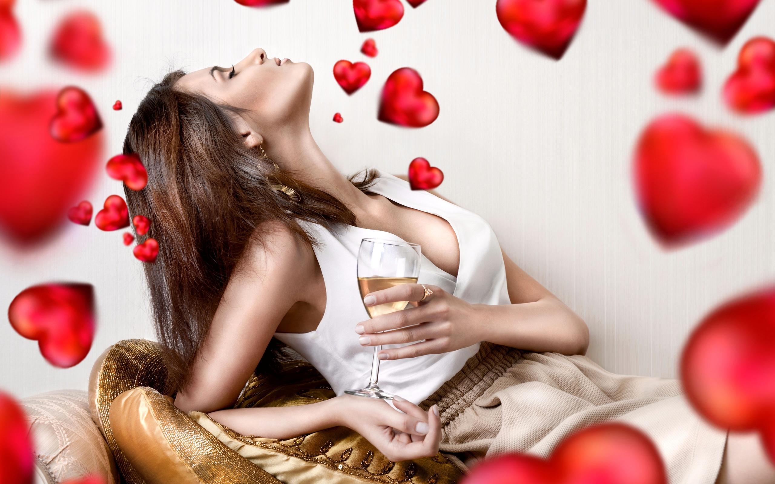 Картинки с сердцами и с девушками