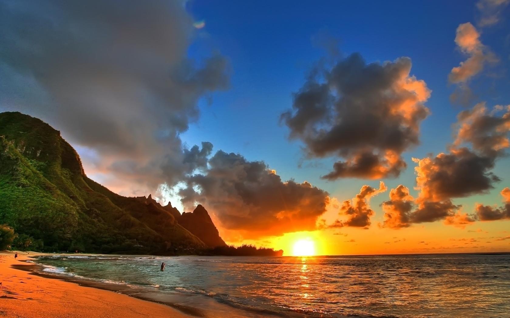 месяц красивые фото моря и пляжа агутин белом костюме