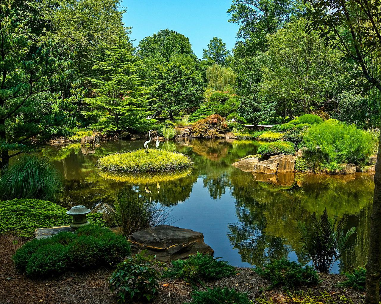 водоем в саду красивые картинки статуэток фотографии