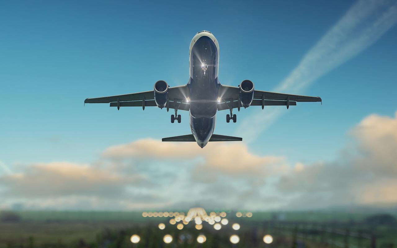 К чему снится большой самолет или маленький.