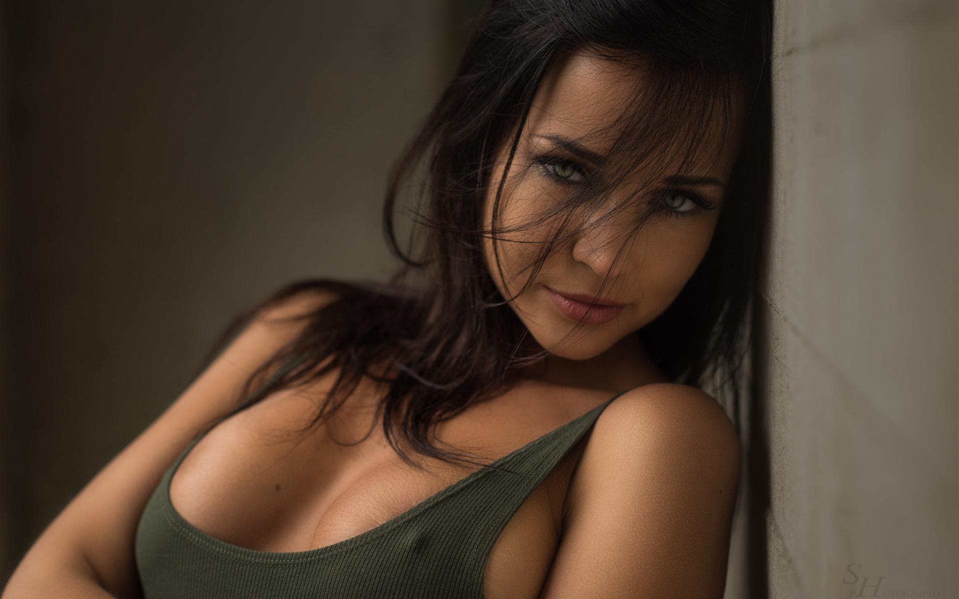 Русская красотка ангелина, Русское порно с Анжелика - смотреть онлайн бесплатно 23 фотография