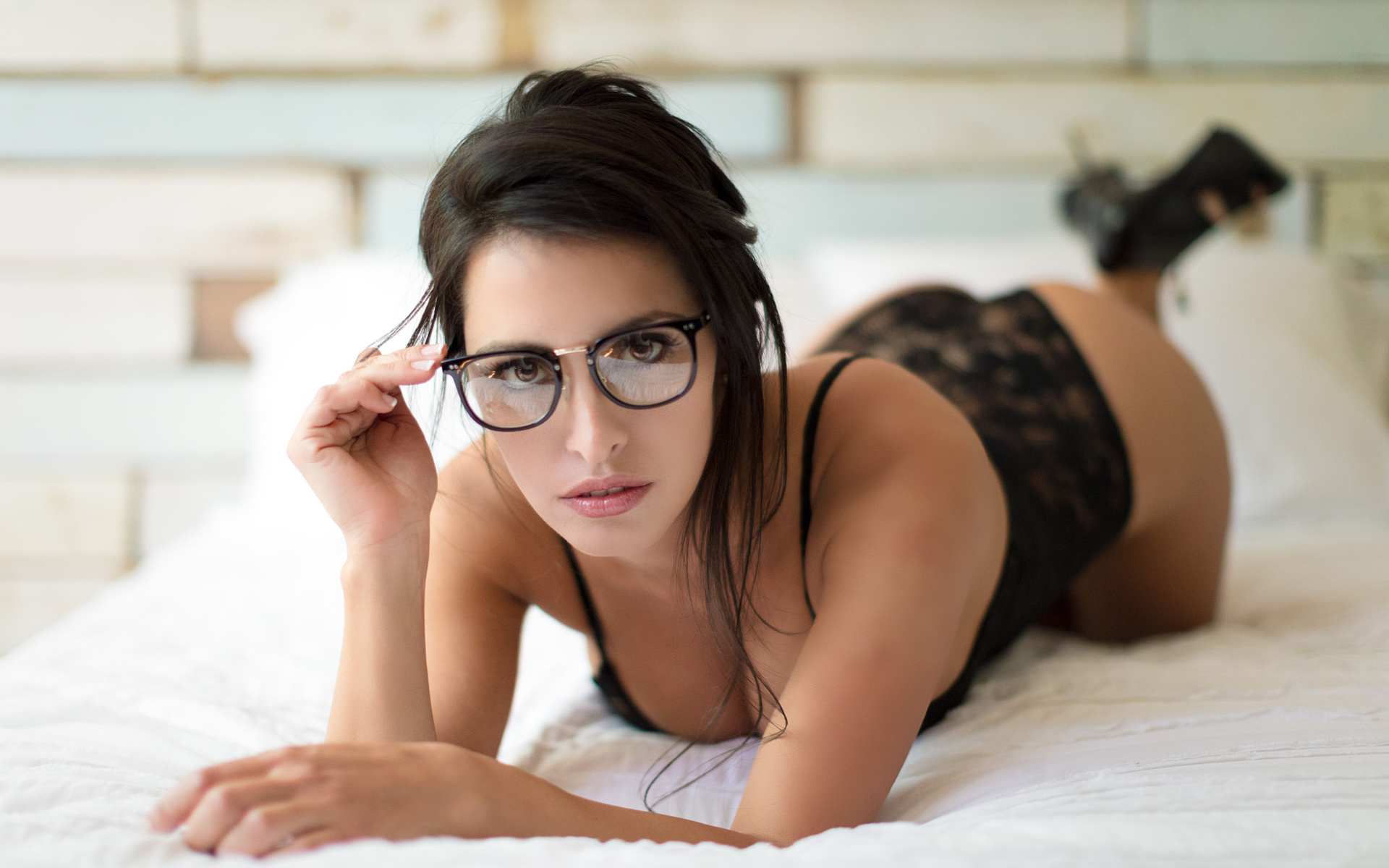 Babeswithglasses cameron cameron loves liking cum off her glasses