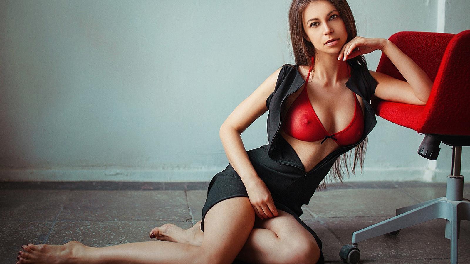 Смотреть груди девушек, Женская красивая грудь (сиськи), смотреть онлайн 21 фотография