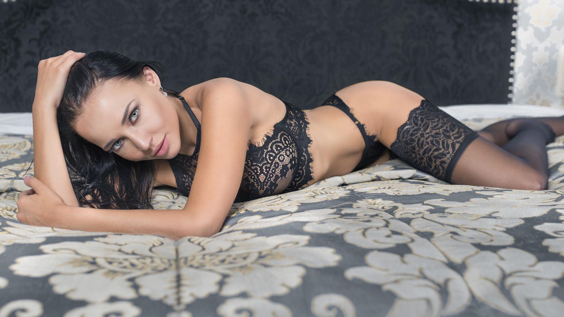 Русская красотка ангелина, Русское порно с Анжелика - смотреть онлайн бесплатно 24 фотография