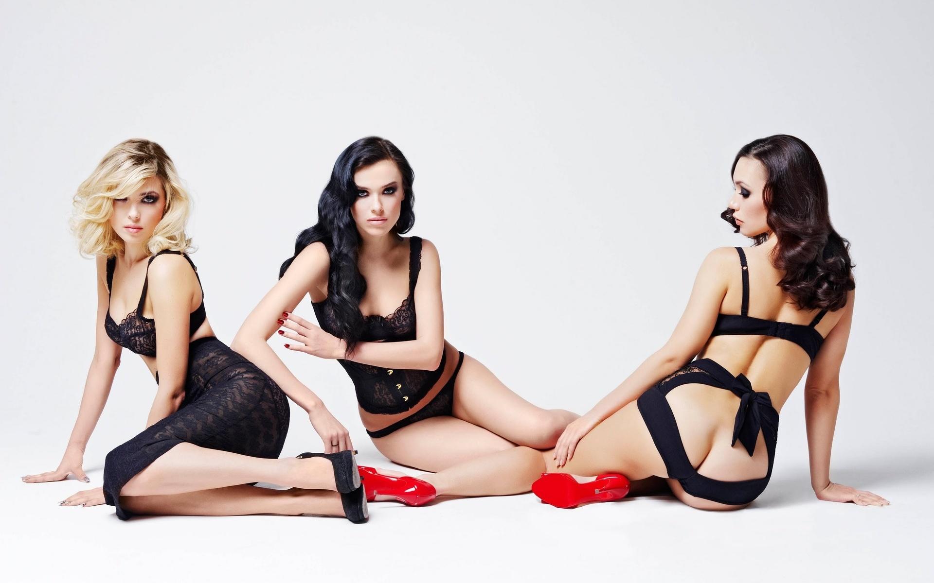 Секси группой бесплатно, Групповой секс, мжм и оргии смотреть онлайн бесплатно 22 фотография