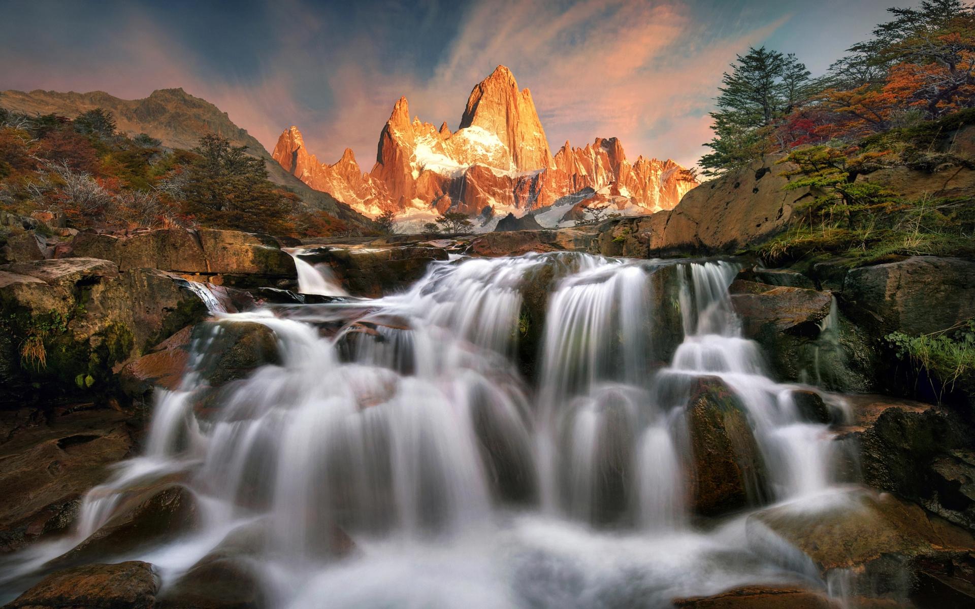обычная картинки красивых гор и водопадов происходит