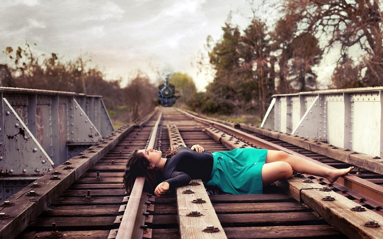Прикольные картинки для девушки грустные