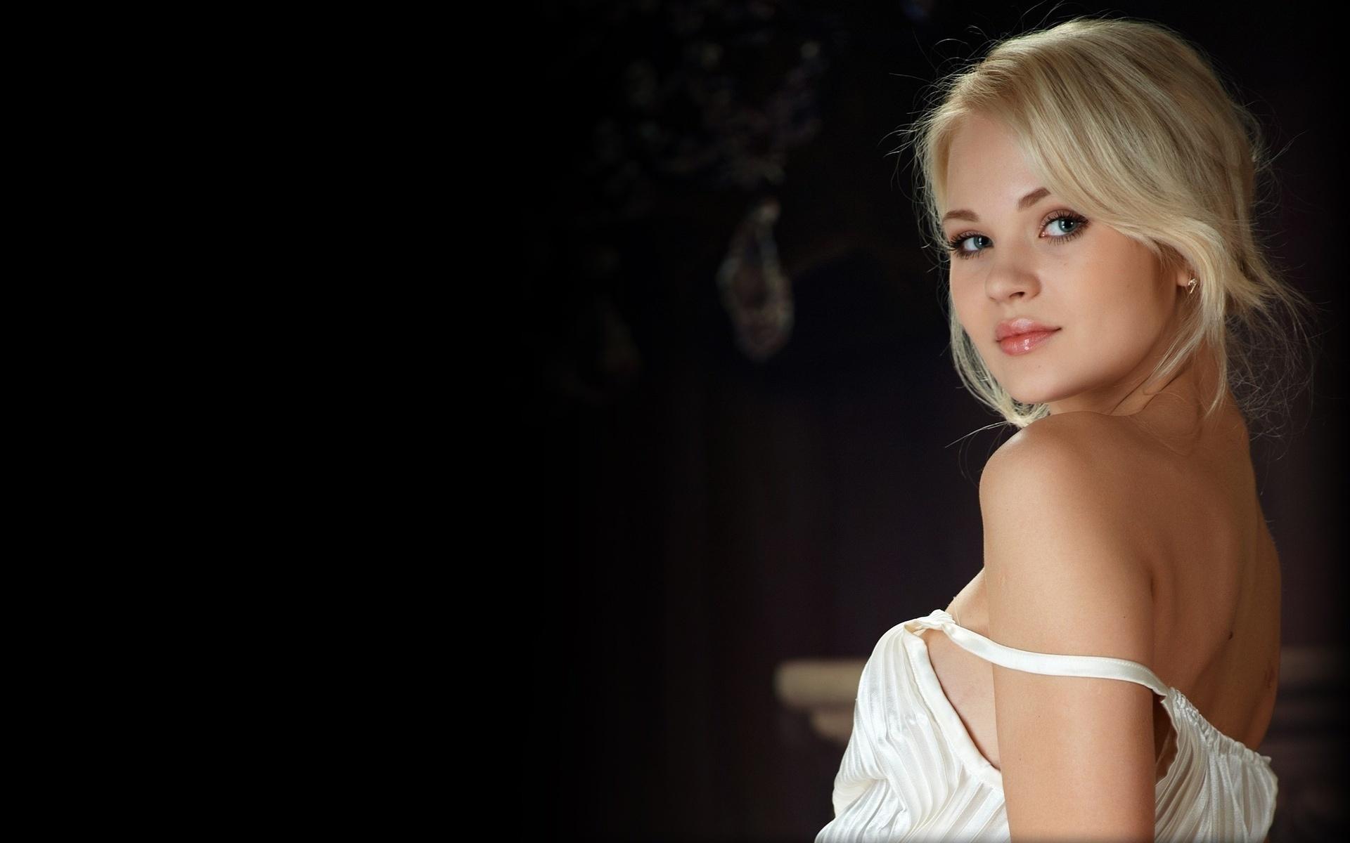 фотосессия блондинки домашняя