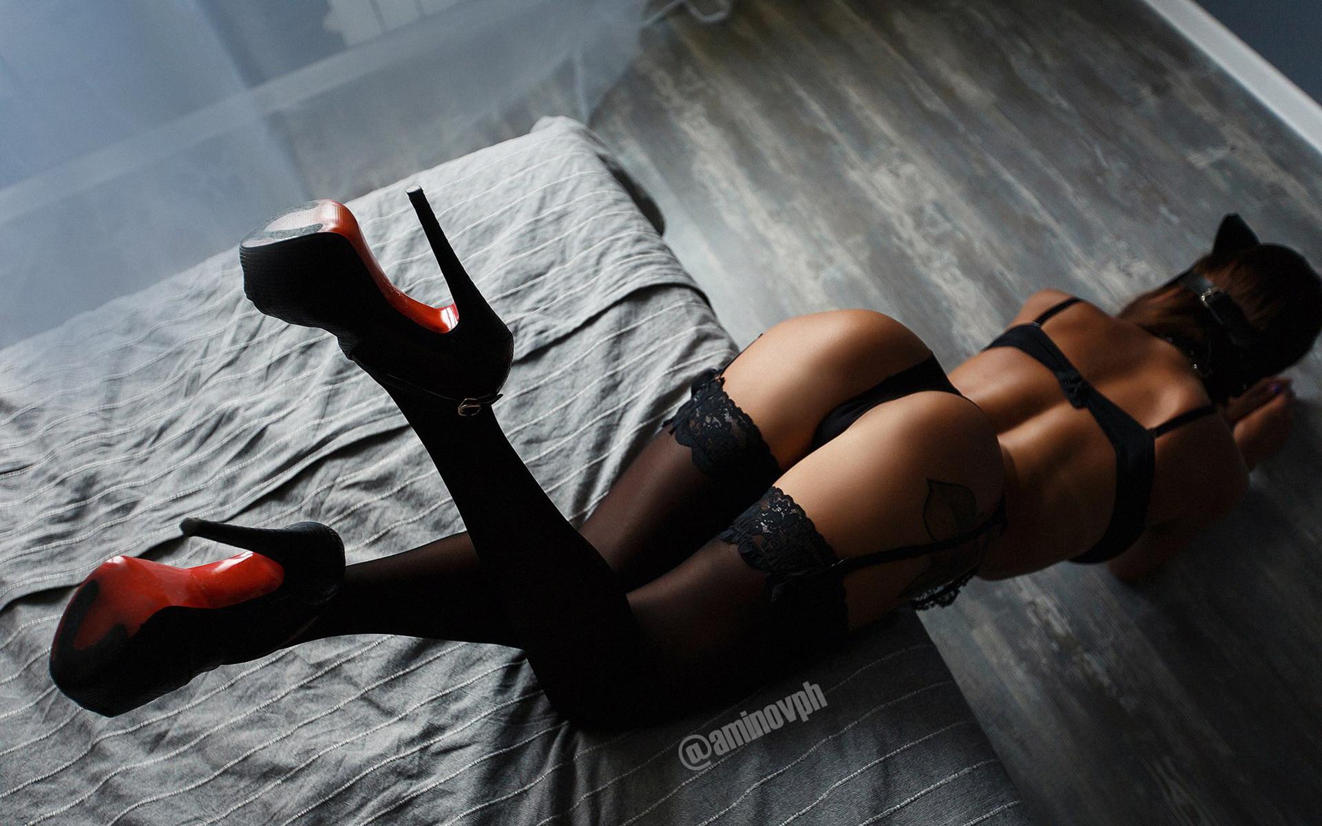 Black sexy metal studs platforms stiletto super high heels shoes