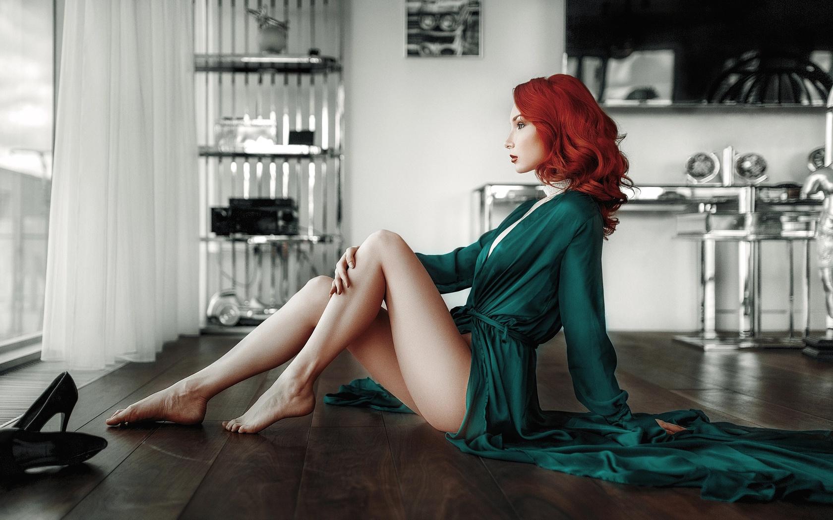 красивые рыжые девушки в белье