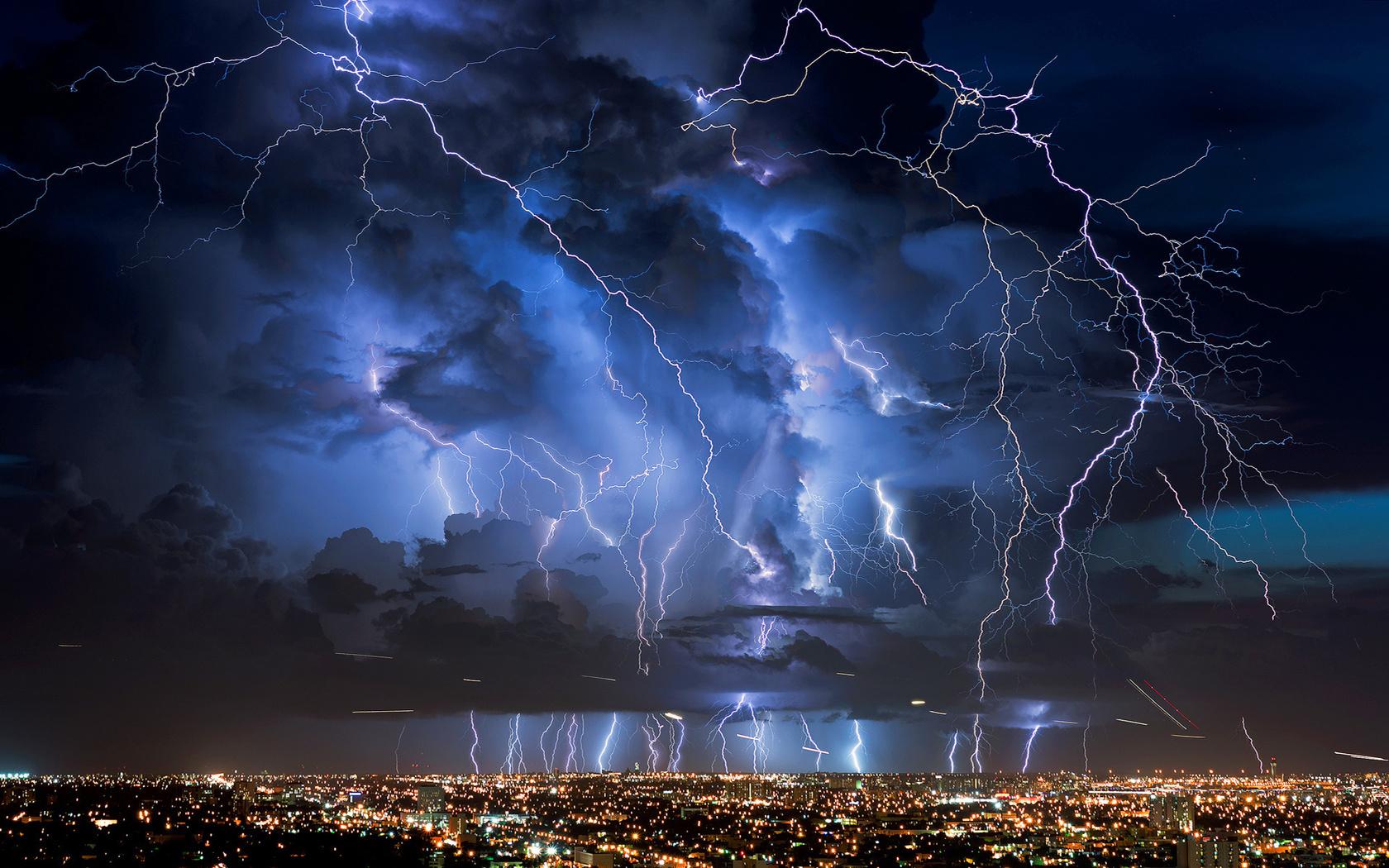 Универа новая, картинки гроза и дождь