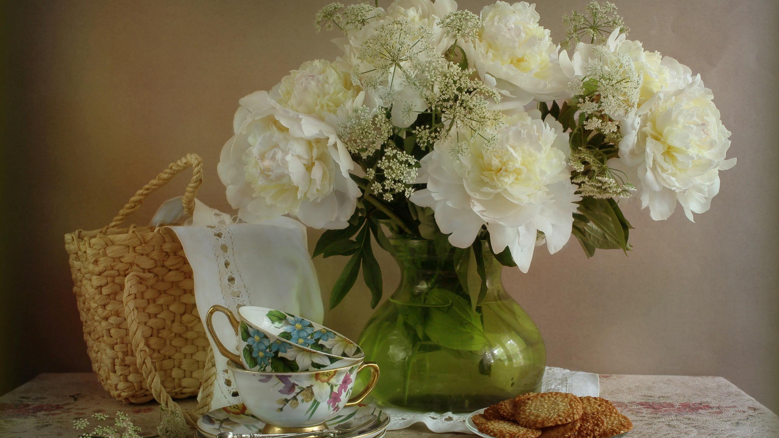 Картинки белый пион в вазе
