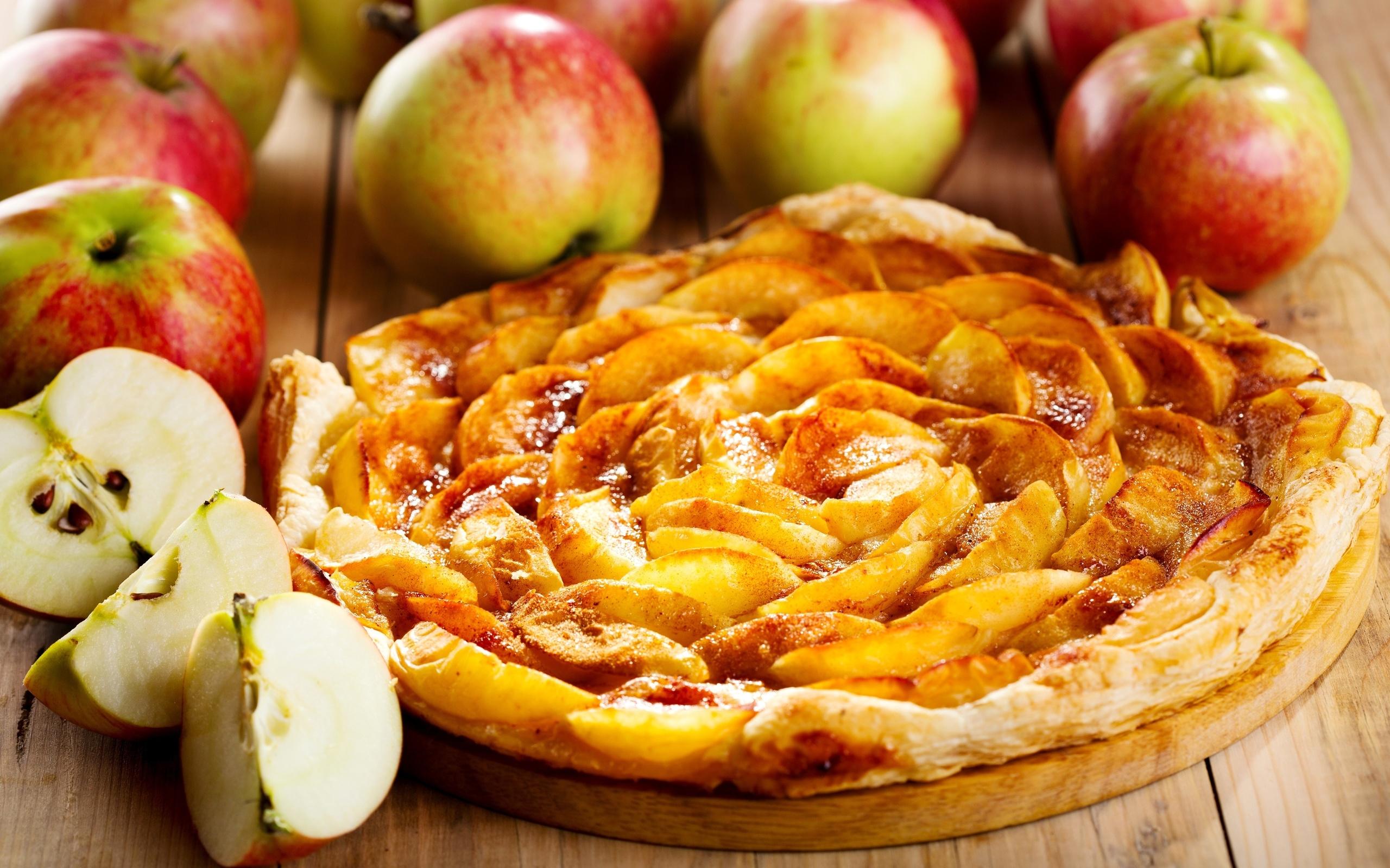 картинки яблочный пирог шарлотка расположено огромное поле