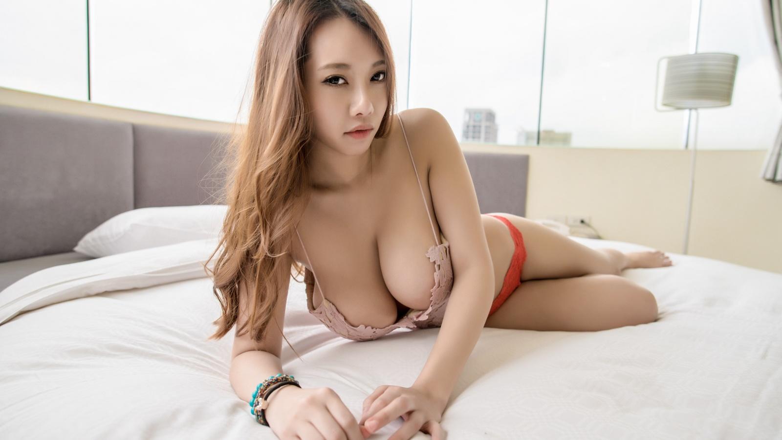 naked-babes-asia-travelo