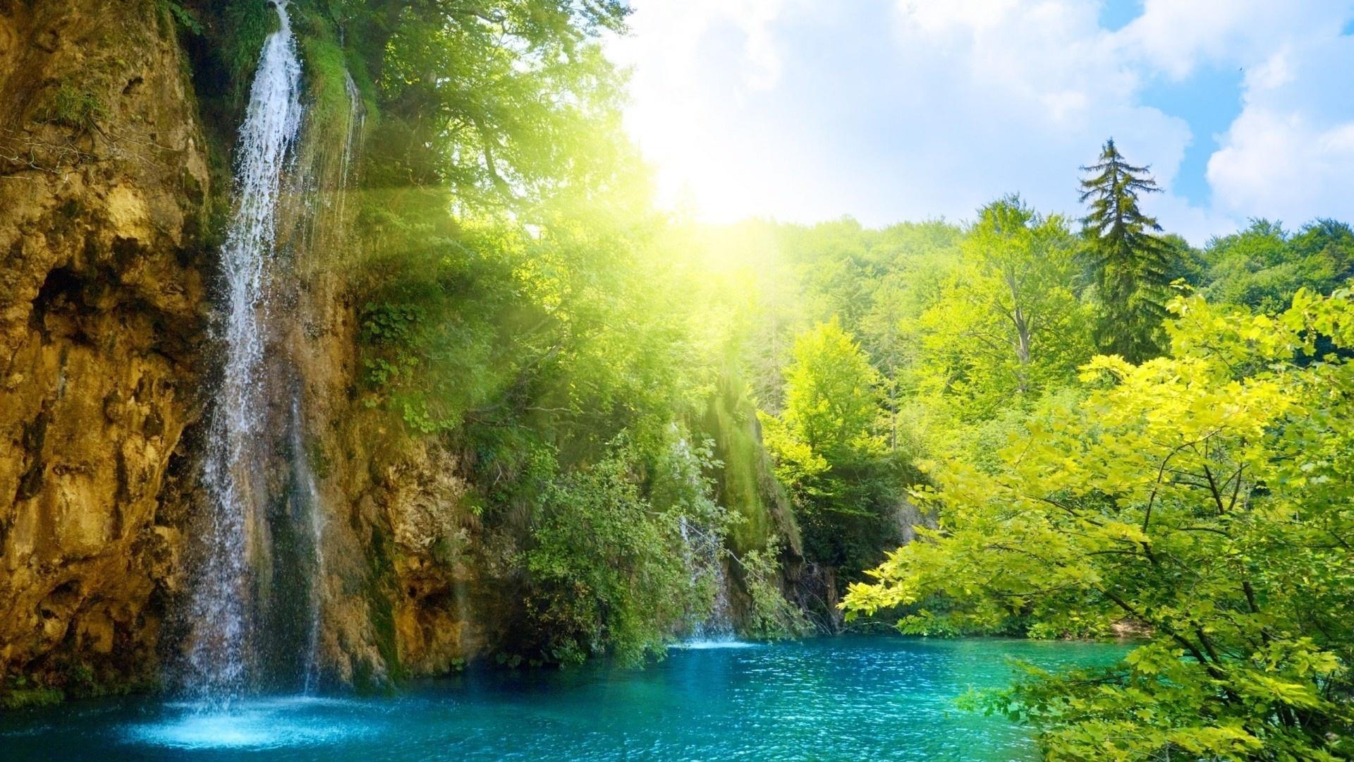 Настя открытка водопад