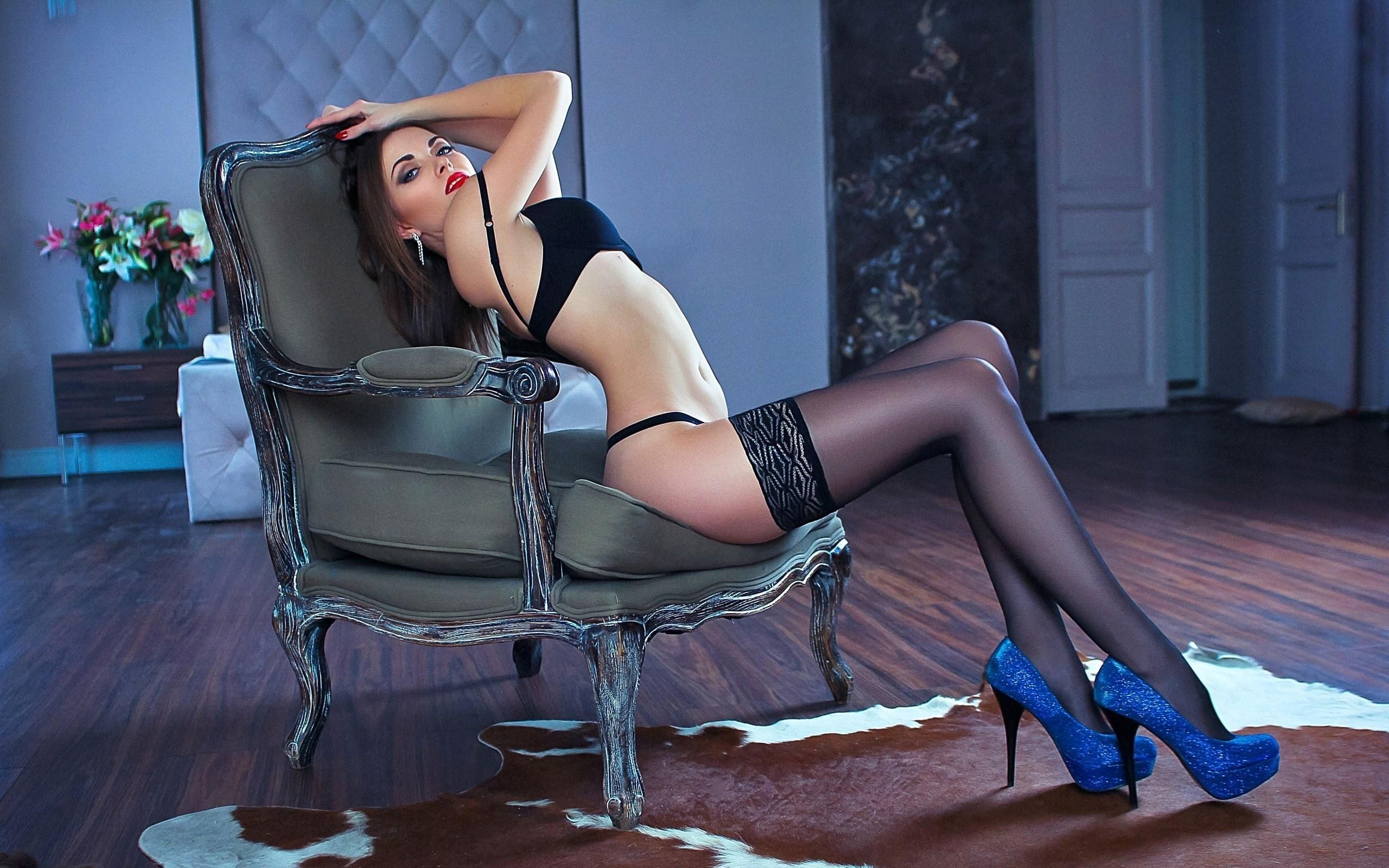 ладони, секси девушки на шпильках онлайн вас