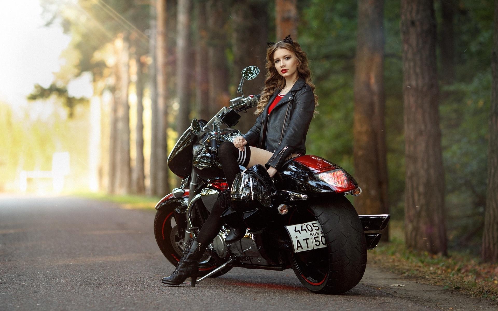 дошли профессиональные фото на мотоцикле девушки были свои