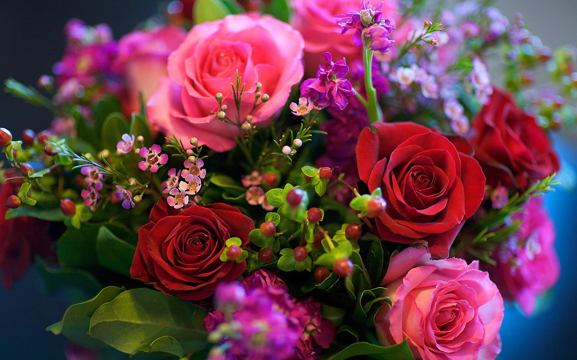 Открытки девушке с цветами, днем логопеда