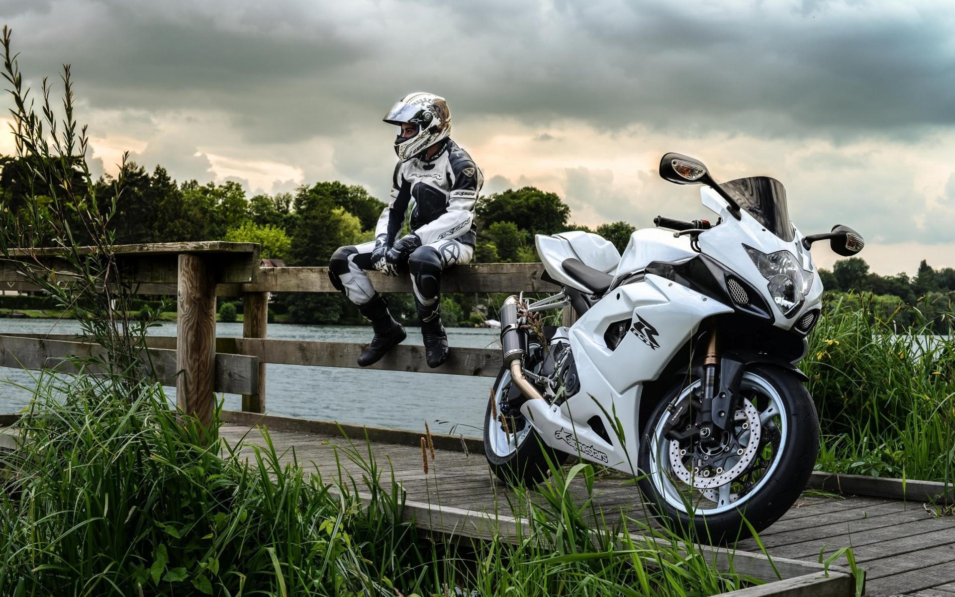 картинки для телефона мотоциклы только тюбетеек