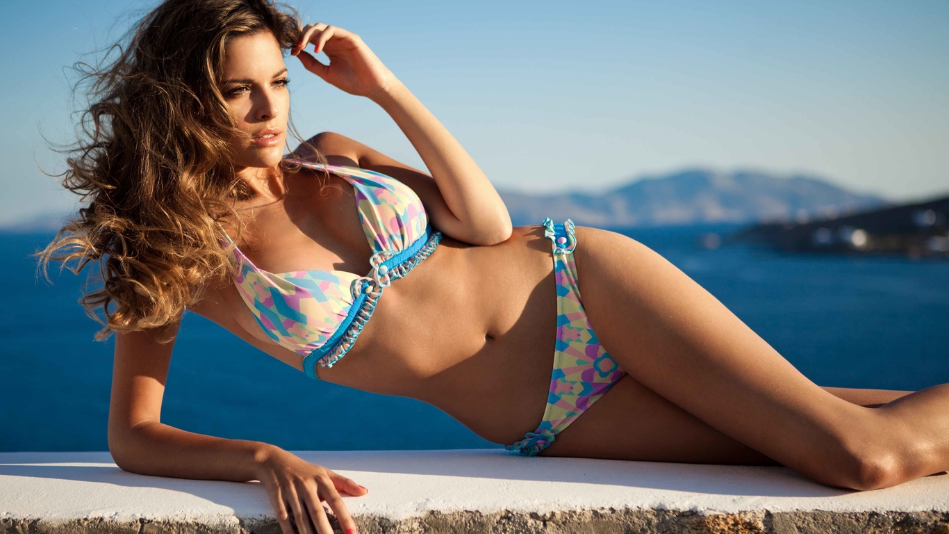 Girl bikini model — photo 9