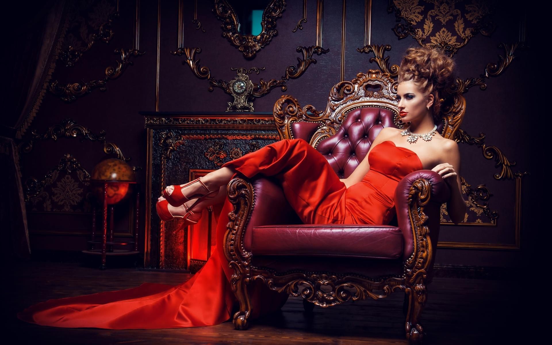 Королева на троне картинки