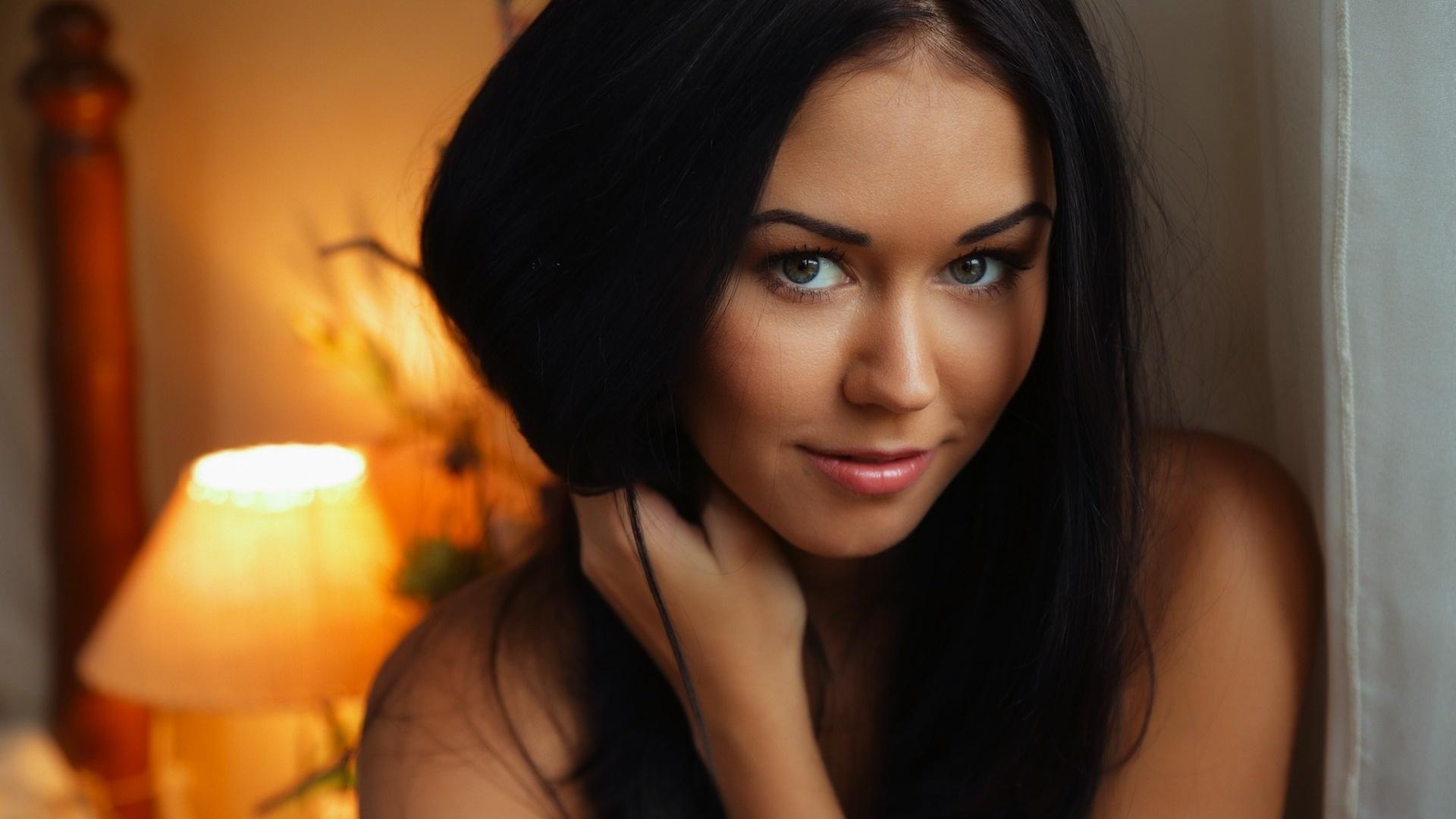 Картинки красивых девушек в контакте брюнеток