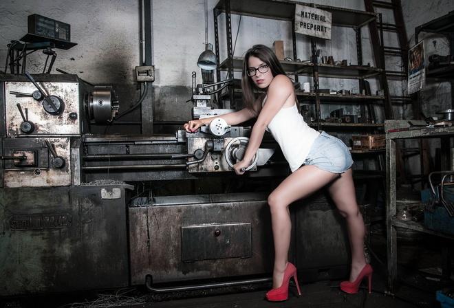 Секс девушек на станках
