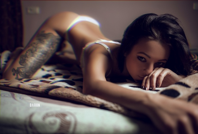 Women Tanned Tattoo In Bed Bent Over White Lin New Sensations 1