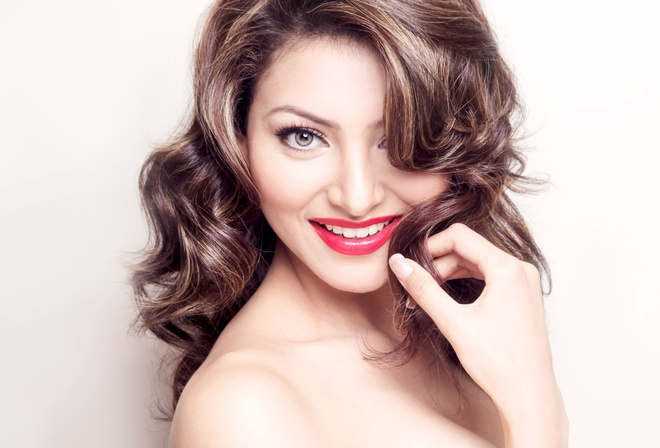 Urvashi Rautela, face, girl, eyes, brunette, девушка, actress, smile, pretty, hair, sexy, актриса, celebrity, bollywood, pose, beauty, cute, индийский, model, indian, красавица, lips, beautiful