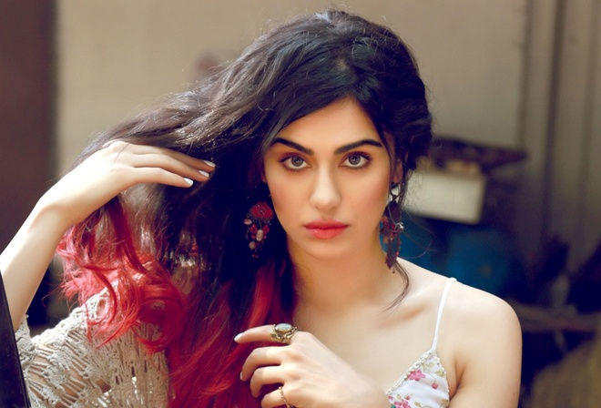 indian, красавица, lips, beautiful, Adah Sharma, face, girl, eyes, brunette, девушка, celebrity, bollywood, actress
