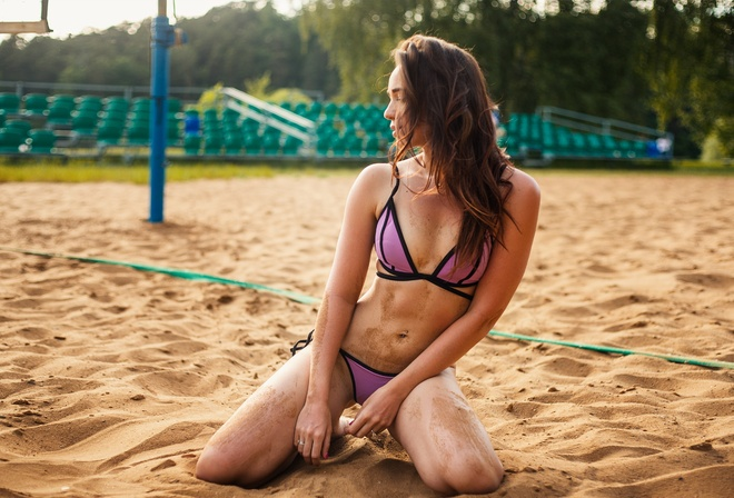 women, bikini, sand, kneeling, belly, women outdoors, sand covered, depth of field, pierced navel, looking away