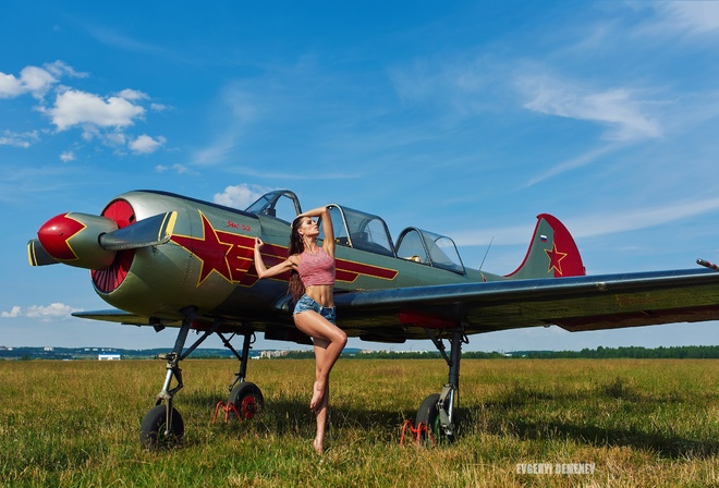women, airplane, tanned, Evgenyi Demenev, women outdoors, jean shorts, belly, long hair, grass