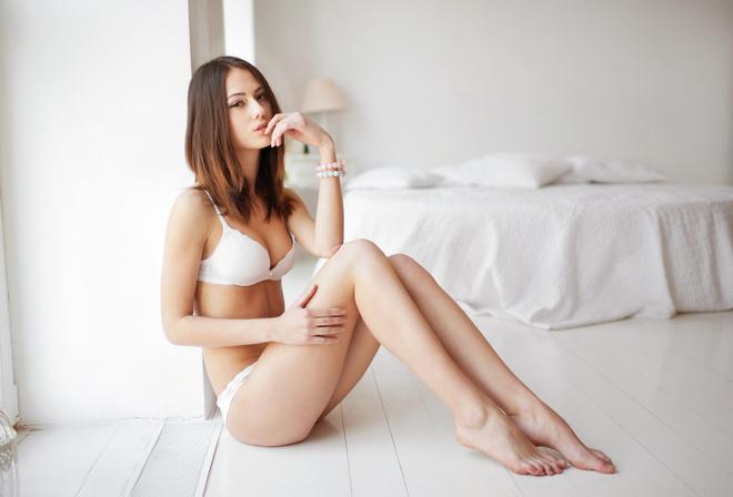 Atherine Imokhina Women Tanned White Panties Lying Iwank 1