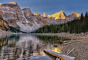 canada, banff national park, moraine lake, valley of the ten peaks