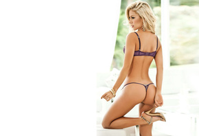 Lina Posada, girl, babe, model, sexy, sexy, body, figure, blonde hair, face, chest, waist, legs