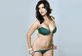 sunny leone, bollywood, celebrity, actress, model, girl, beautiful, brunette, pretty, cute, beauty, sexy, pose, cleavage, bikini