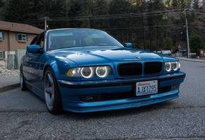 BMW, E38, 7series, blue, асфальт, дом, фары, диски, лес