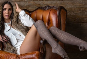 anja zeidler, brunette, beauty, legs, lips