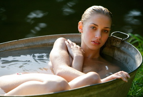 Babe in Tub Outdoors, Blonde, Sexy