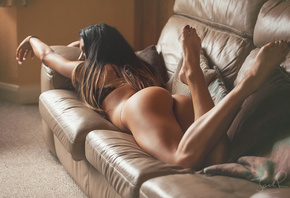 Geena Louise, pose, Booty, ass, feet, sofa