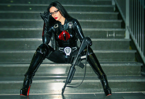 cosplay, sitting, steps, smile, costume, bayonetta, shiny, lycra, catsuit, overknee