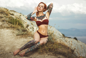 Yana Sinner, women, bikini, tattoos, redhead, sitting, belly, hips, nose rings, armpits, freckles, women outdoors, portait