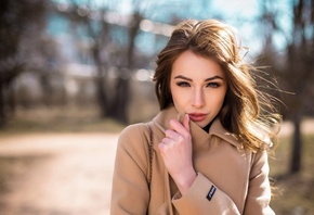 Aleksandra Lesinskaya, women, face, portrait, depth of field, women outdoors