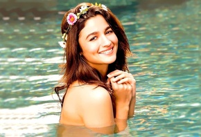 indian, bollywood, celebrity, актриса, улыбка, sexy, figure, hair, actrees, pretty, smile, девушка, brunette, вода, girl, eyes, Alia Bhatt, face