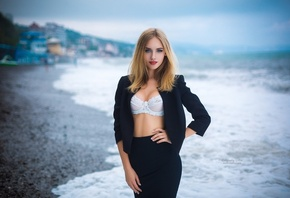 Anna Balmashnova, women, Grigoriy Lifin, blonde, skirt, red lipstick, white bra, depth of field, sea, portrait