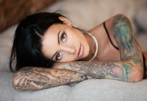 Anna Sajarova, women, face, portrait, tattoo, black bras, pierced nose, depth of field, black hair
