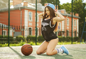 women, kneeling, ball, white stockings, sneakers, sportswear, women outdoors, baseball caps, tanned, armpits