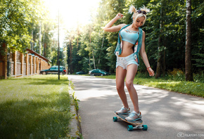 women, blonde, sneakers, pigtails, women outdoors, skateboard, jean shorts, smiling, sunglasses